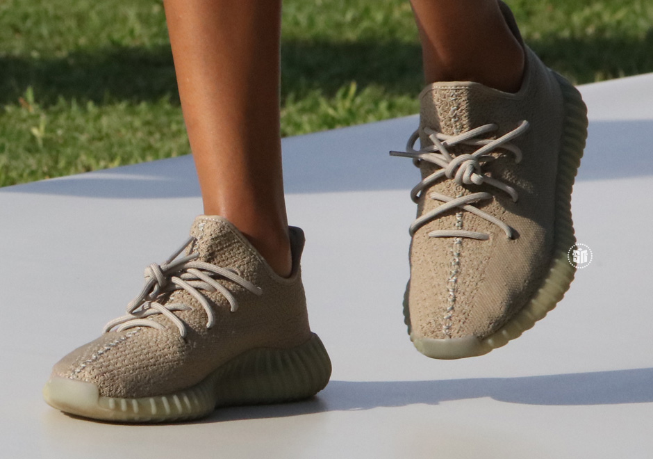 adidas Yeezy Boost 350 V2 Dark Green Summer 2017