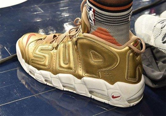 "Derrick Jones Jr. Wears Gold Nike ""Suptempo"" In Dunk Contest"