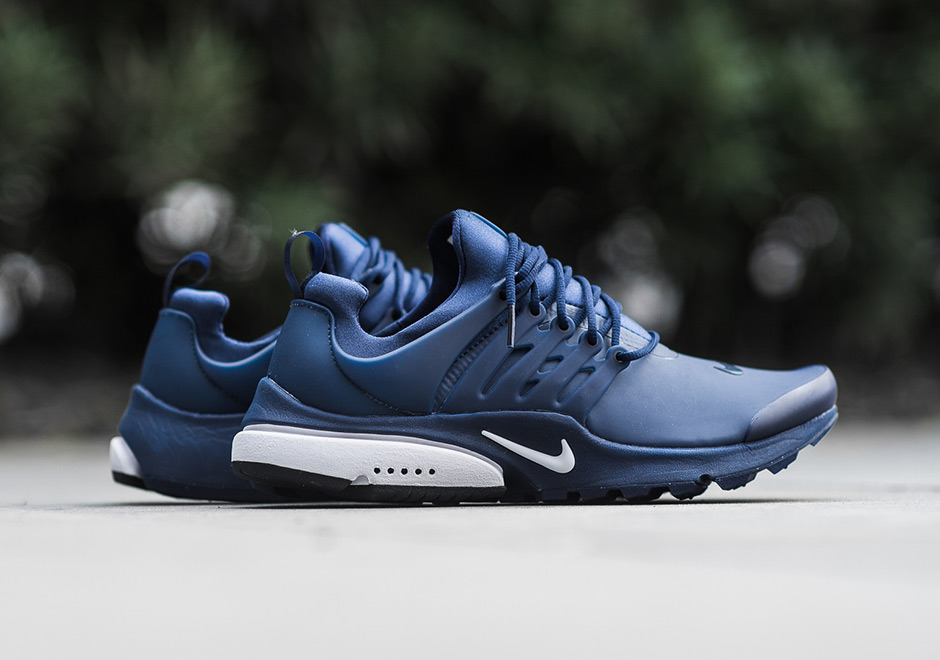 wholesale dealer 96598 2eb01 Nike Sportswear is helping to keep your feet dry in style and comfort this  winter season with another new look for the Air Presto Low Utility.