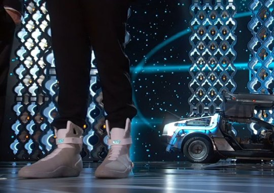 Seth Rogen And Michael J. Fox Take Oscars Stage In DeLorean And Nike Mags