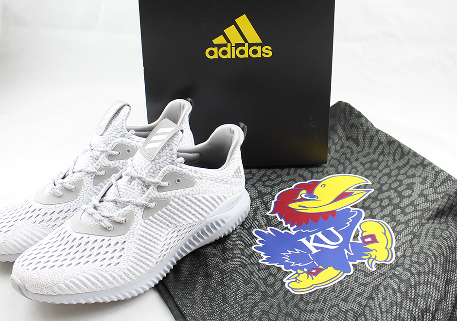 As if being the #1 seed in this year's Midwest division on the March  Madness bracket wasn't sweet enough, the Kansas Jayhawks also got gifted a  special ...