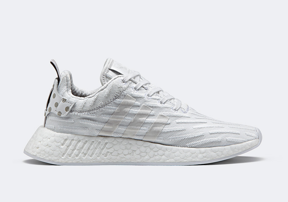 adidas nmd r2 triple white by2245. Black Bedroom Furniture Sets. Home Design Ideas