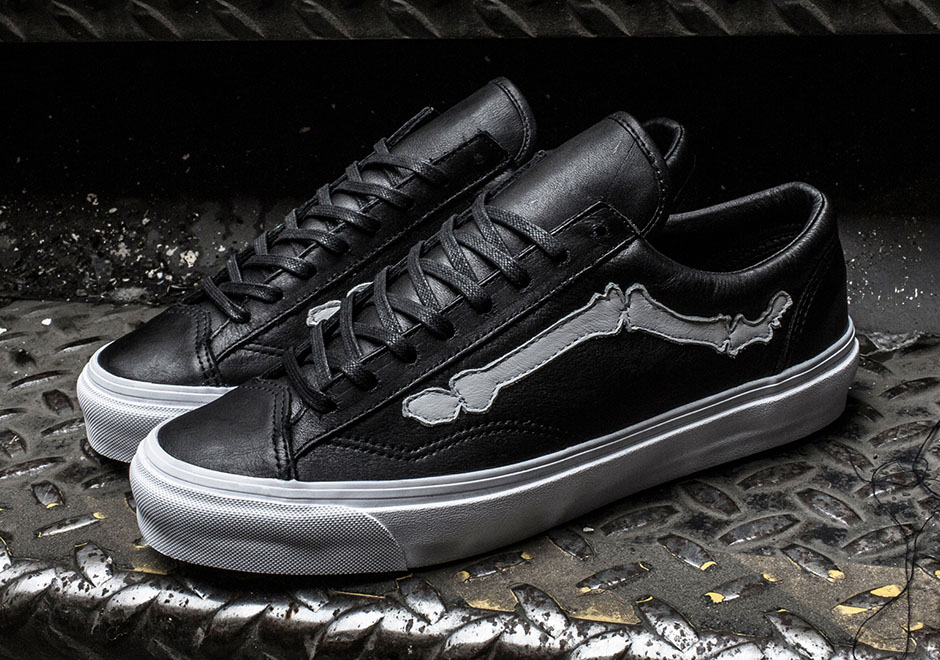 e6e6f7ae6c This time the popular bone-shaped Jazz Stripes are placed on the Vans Vault  Style 36 LX—AKA the original archival construction of the Old Skool.