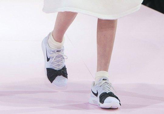 COMME des GARCONS x Nike LunarEpic Flyknit Debuts At Paris Fashion Week