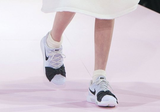 COMME des GARCONS x Nike LunarEpic Flyknit Debuts At Paris Fashion Week