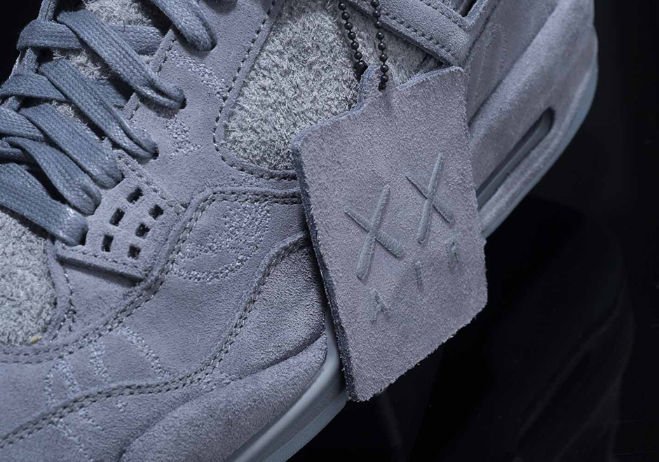 Air Jordan 4 x Kaws Glow In The Dark Cool Grey Pre Order size 10