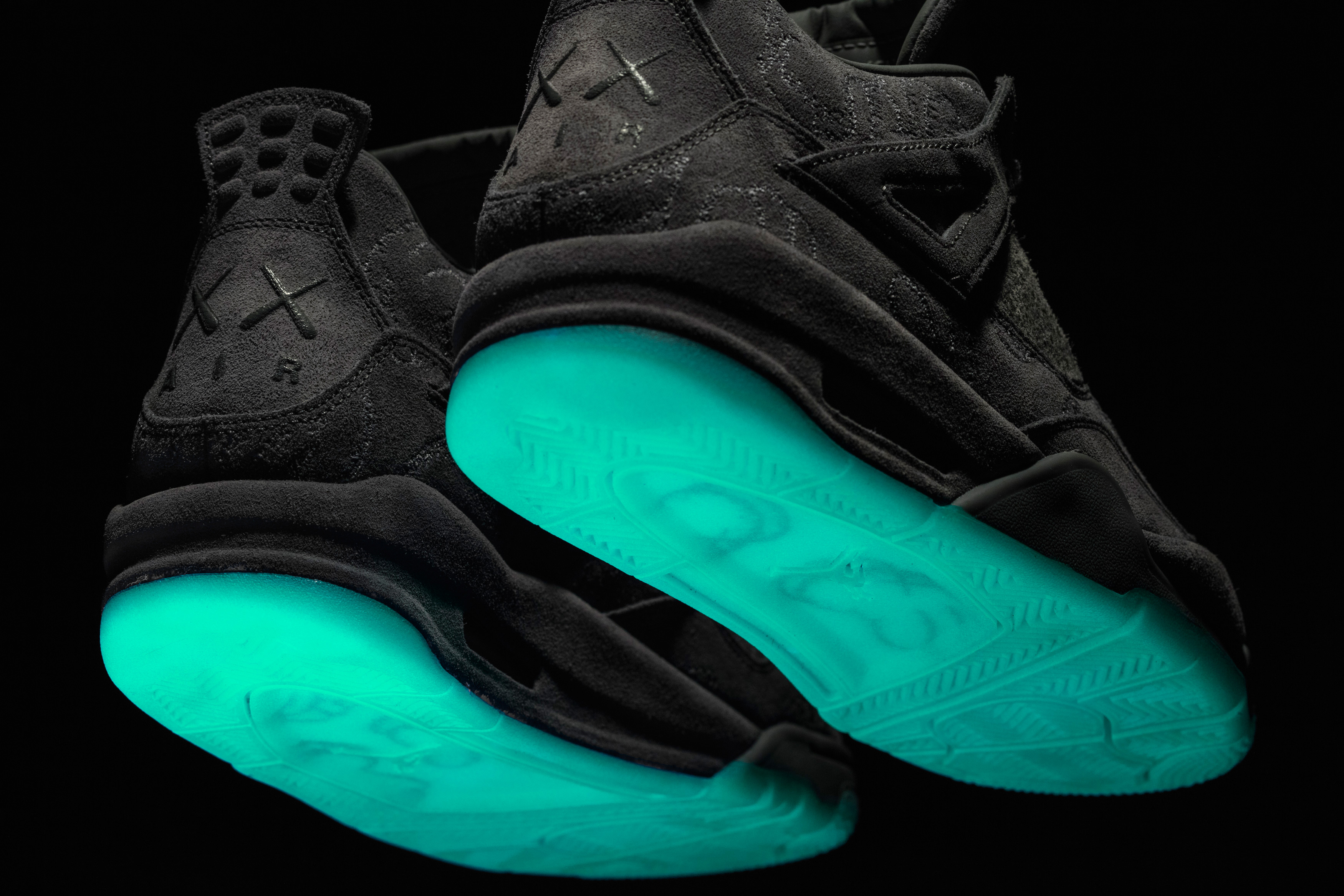 Nike Shoes Glow In The Dark