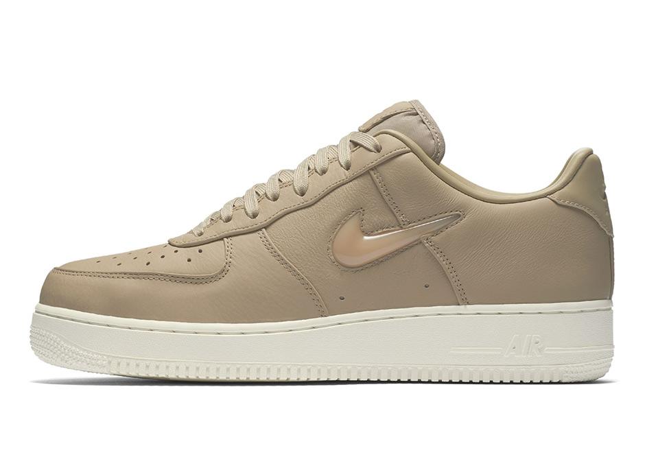 nike air force basse beige