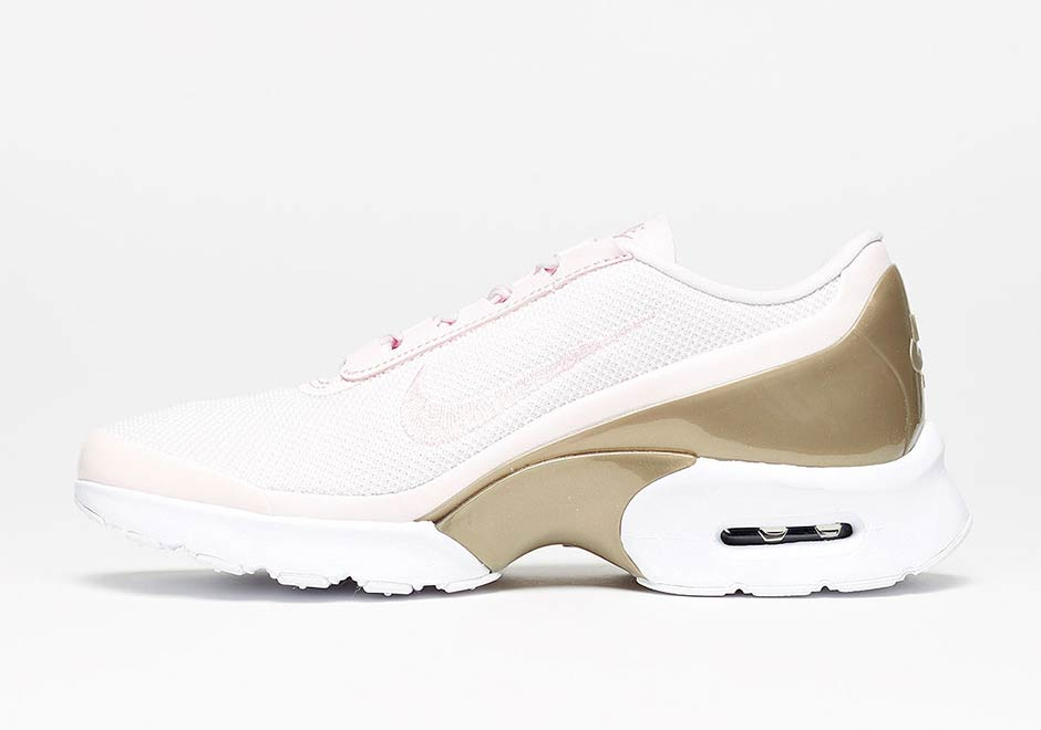 best service d3edb 2aedd Nike Air Max Jewell Pearl Pink 904576-600   SneakerNews.com