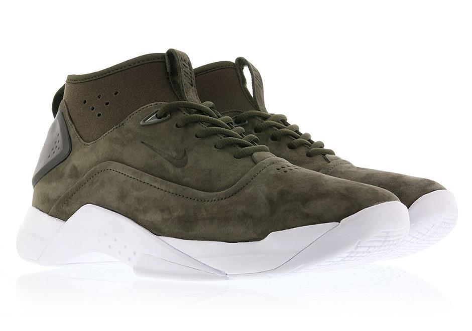 7fa8eba09ca Nike Transforms The Original Hyperdunk Into A Lifestyle Shoe