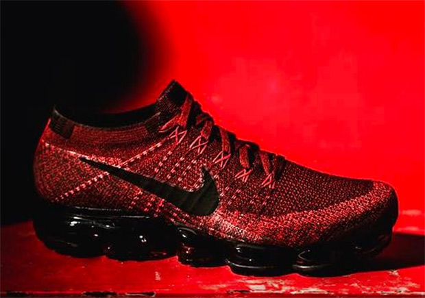super popular 08227 20cf1 Preview The Nike Vapormax With Red Flyknit