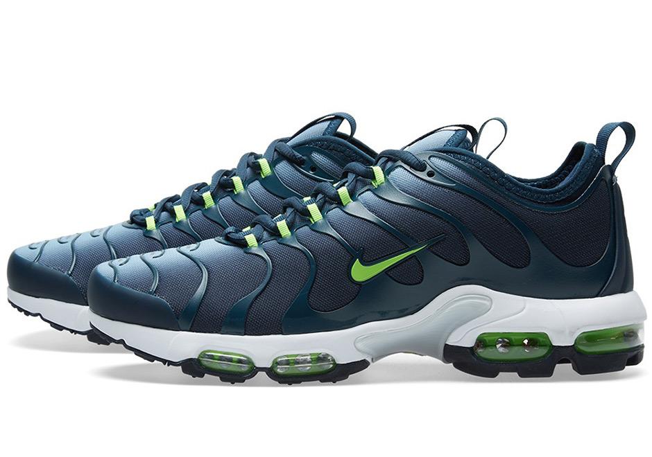 watch c6ee6 7def3 Nike Air Max Plus Ultra Binary Blue 898015-400 | SneakerNews.com