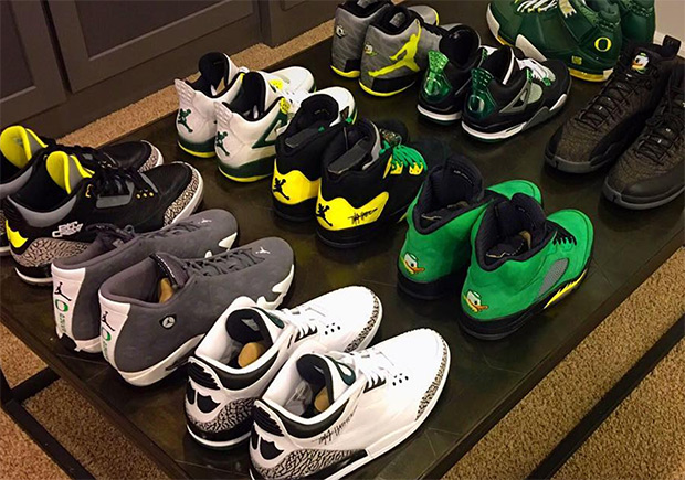 One Oregon Ducks fan is definitely ready for their appearance in the Final  Four this year. Oregon and apparent PE sneaker super fan Andy Maletis took  to ...