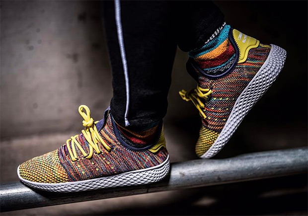 0a774fc22 pharrell-adidas-human-race-multi-color-01