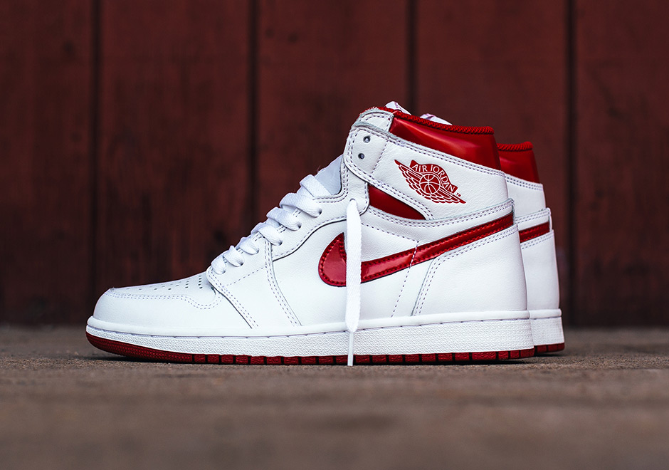 air jordan 1 high varsity red jordan
