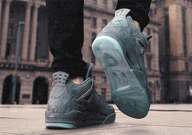 997e4252d6e4b3 For those of you still holding onto the hop of copping the KAWS x Air  Jordan 4 for retail