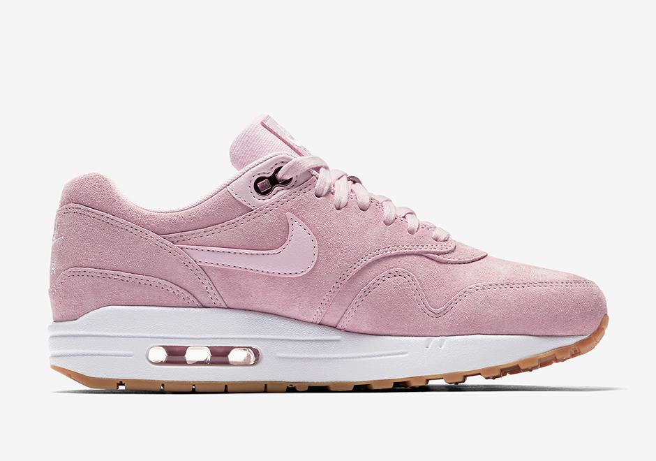 a418b80f42a74 Nike Air Max 1 Pink Suede 919484-600 | SneakerNews.com
