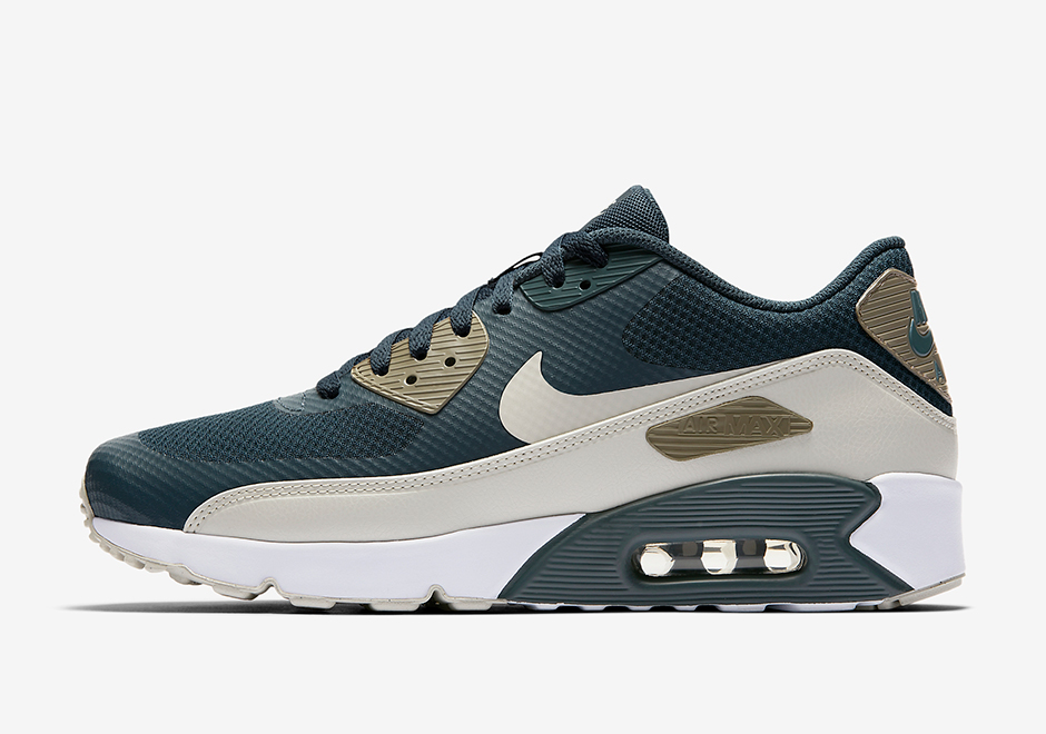 nike-air-max-90-ultra-2-0-blue-fox-875695-401-02