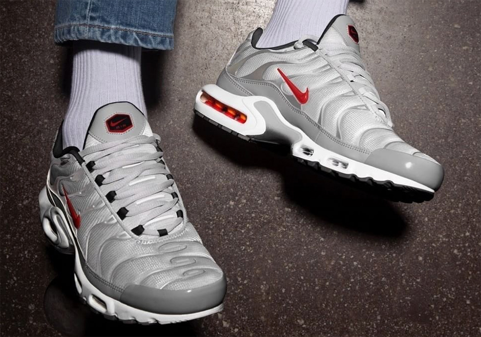 air max plus tn silver