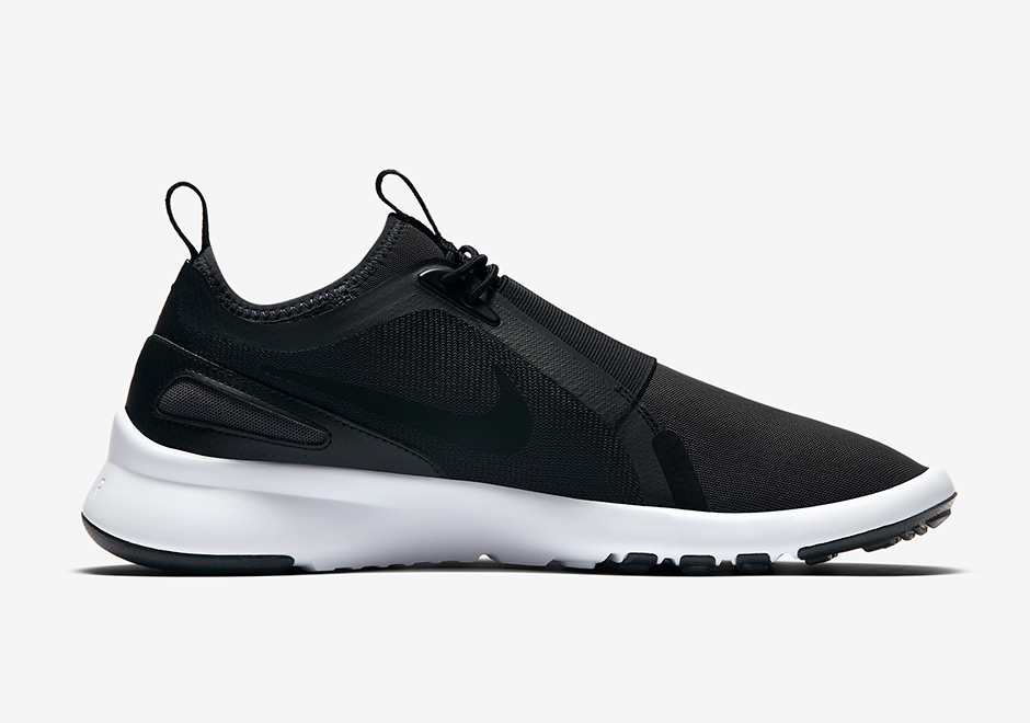 b6e356133ea3 Nike Current Slip On Color  Black White