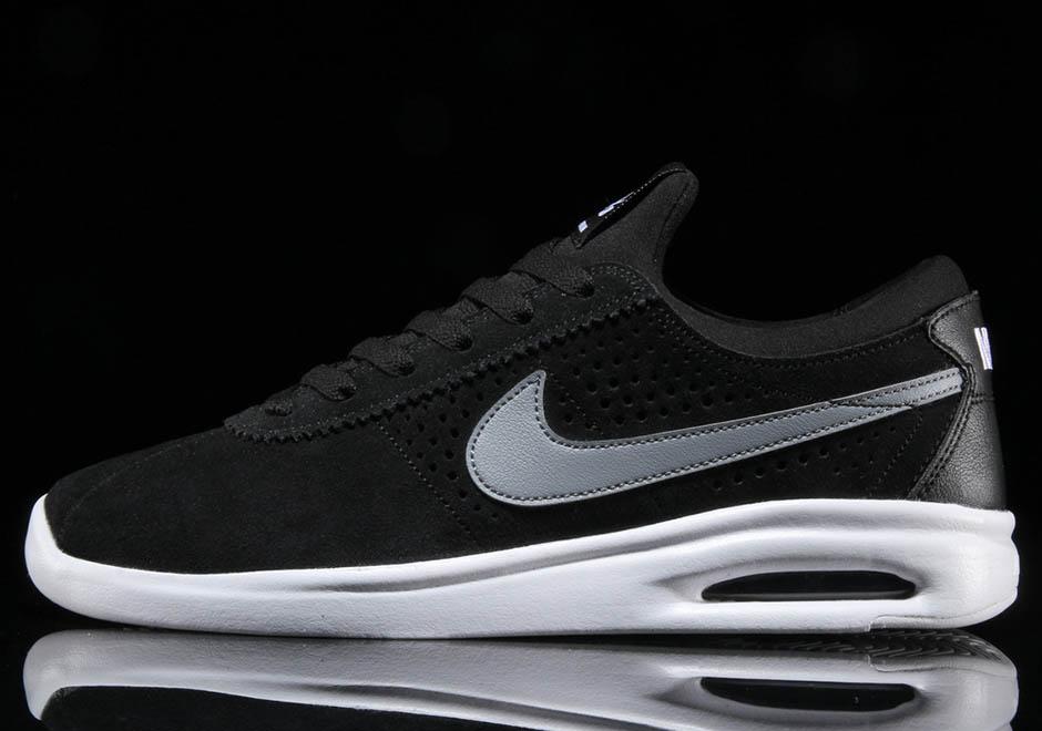 a5a058811bf ... Nike SB Air Max Bruin Vapor 100. Color BlackCool Grey-White ...