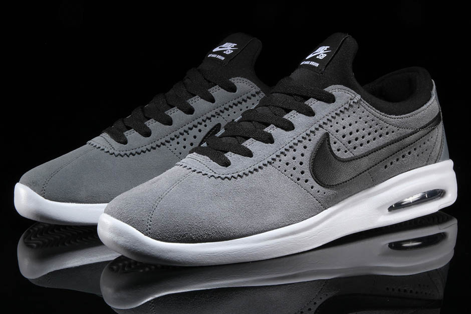 new product 9819f 12b2c Nike SB Air Max Bruin Vapor 100. Color Cool GreyBlack-White