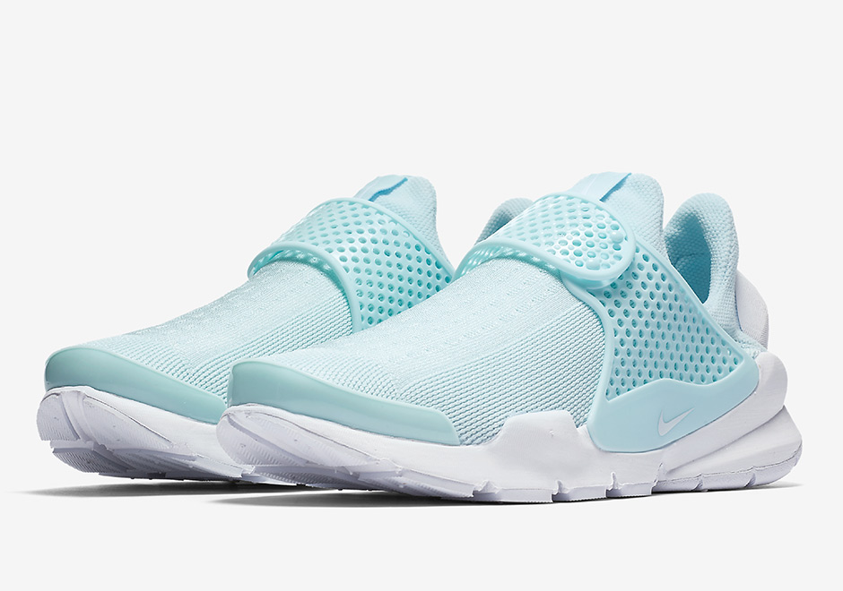 39f0ee0e2abf Spring has sprung which means you can expect even more from the Nike Sock  Dart