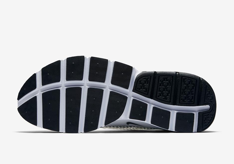 "12af7973f03 Nike Sock Dart ""Safari Pack"" Release Date  May 2017  140. Color  Varsity  Maize Black-White"