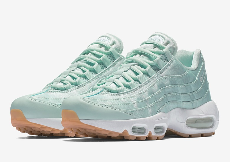 Nike Wmns Air Max 95 Fiberglass 919491 301 Sneakernews Com