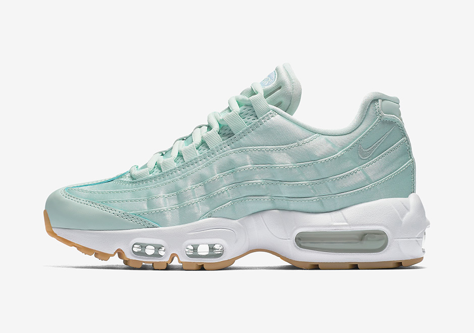 official photos 6af3c 8207a ... Nike WMNS Air Max 95. Global Release Date May 12th, 2017.