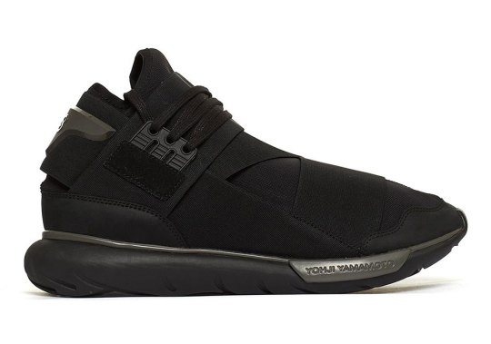 """adidas Y-3 Is Releasing The Qasa """"Triple Black"""" And More For Fall 2017"""