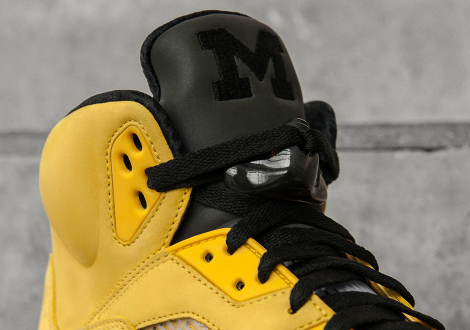 ... Brand joining forces with the University of Michigan is off the a hot  start. Tinker Hatfield crafted this special colorway of the Air Jordan 5  Retro to ... 16ae972fc