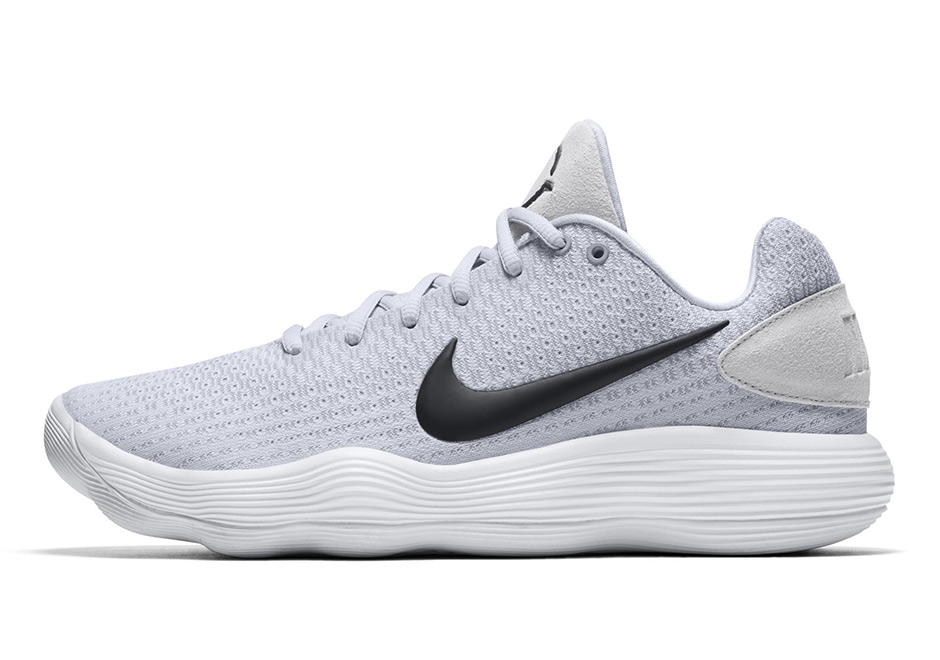 2a35209f4a0a After a brief initial look at the Nike Hyperdunk 2017 late last week