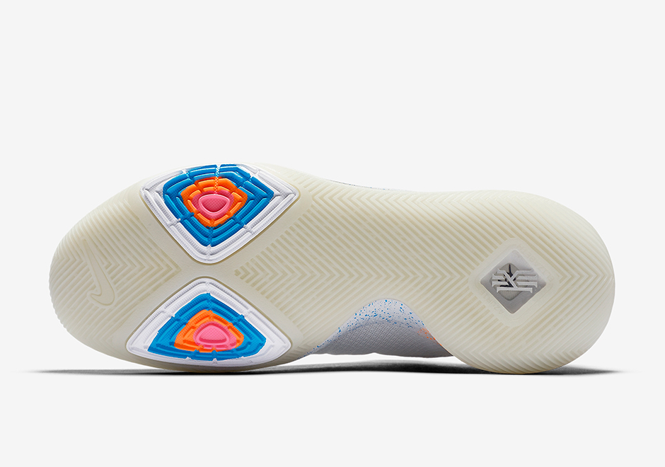 1110a4e0022 Nike Kyrie 3 EYBL Release Info 942206-001