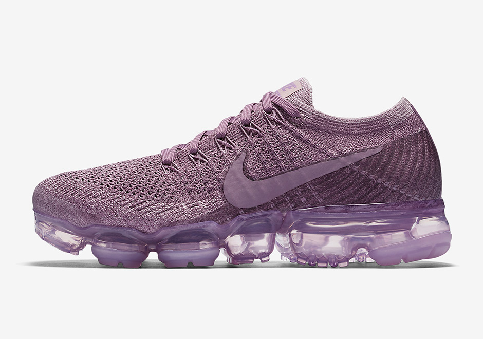 buy online e7ebf 678cd Nike VaporMax Violet Dust Detailed Look 849557-500 ...
