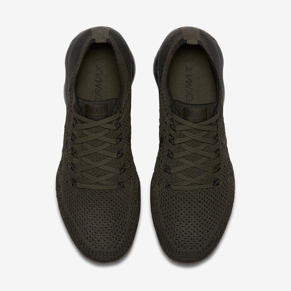 Nike dunks black and grey