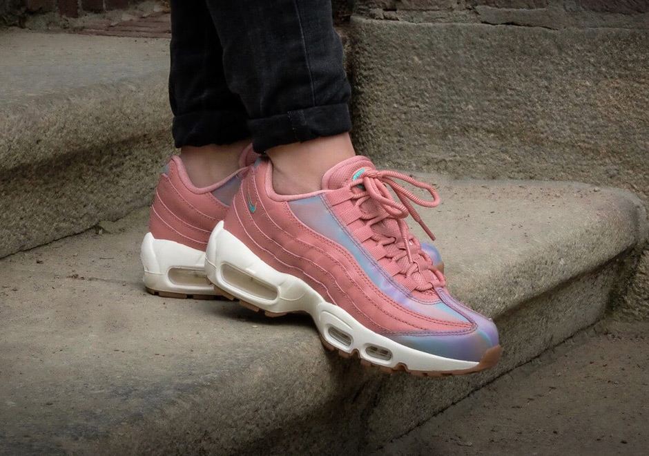 New Arrival Nike Air Max 95 Nike Air Max 95 Se Red StardustWashed TailSail Womens Shoes Online Store