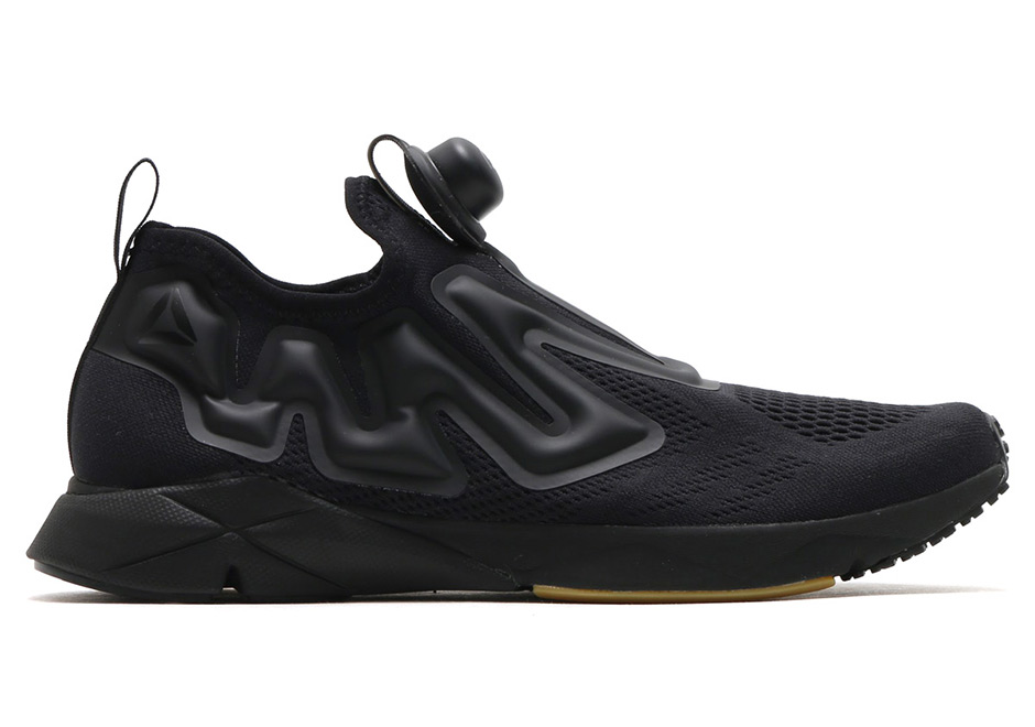 reebok pump supreme triple black triple white. Black Bedroom Furniture Sets. Home Design Ideas