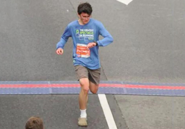 teen-runs-71-minnute-half-marathon-in-crocs