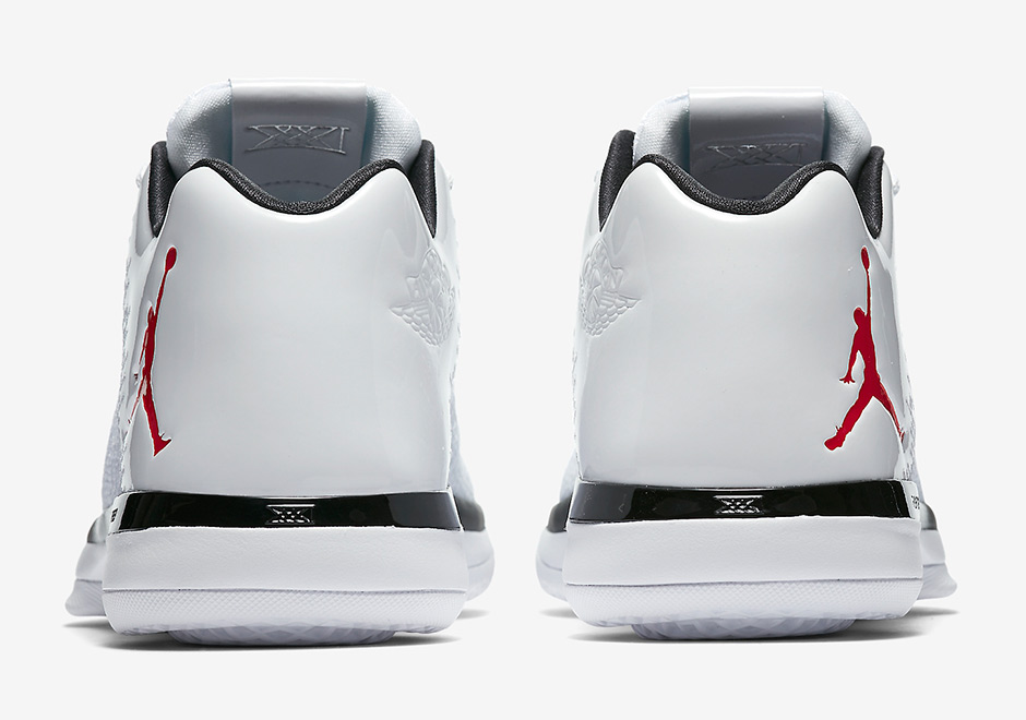 more photos fc9eb c4979 Jordan 31 Low Chicago Bulls Release Date 897564-101   SneakerNews.com