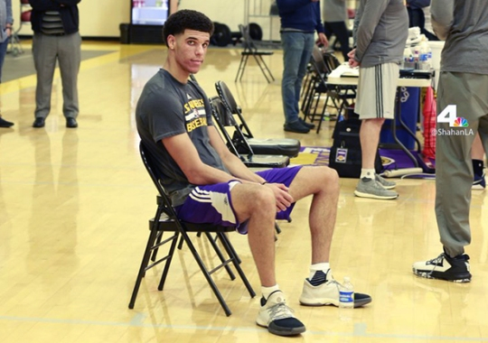 Lonzo Ball Works Out For Lakers Wearing James Harden's adidas Shoes