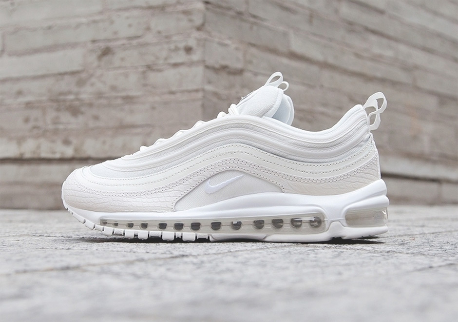 After first spotting the new lifestyle edition of the Air Max 97 in white  snakeskin earlier this month, <a href=