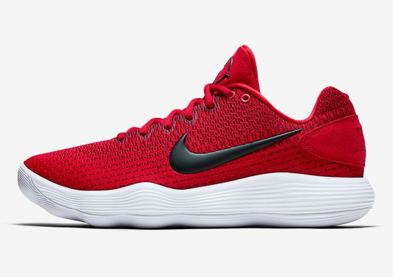 new product 670c8 88d95 The Nike Hyperdunk 2017 Low TB Is Coming This Summer