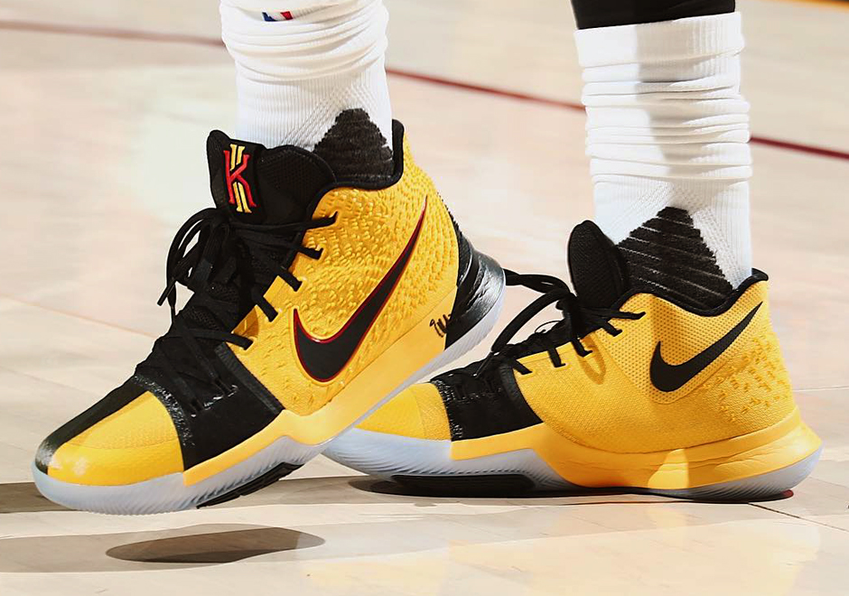 nike kyrie 4 yellow