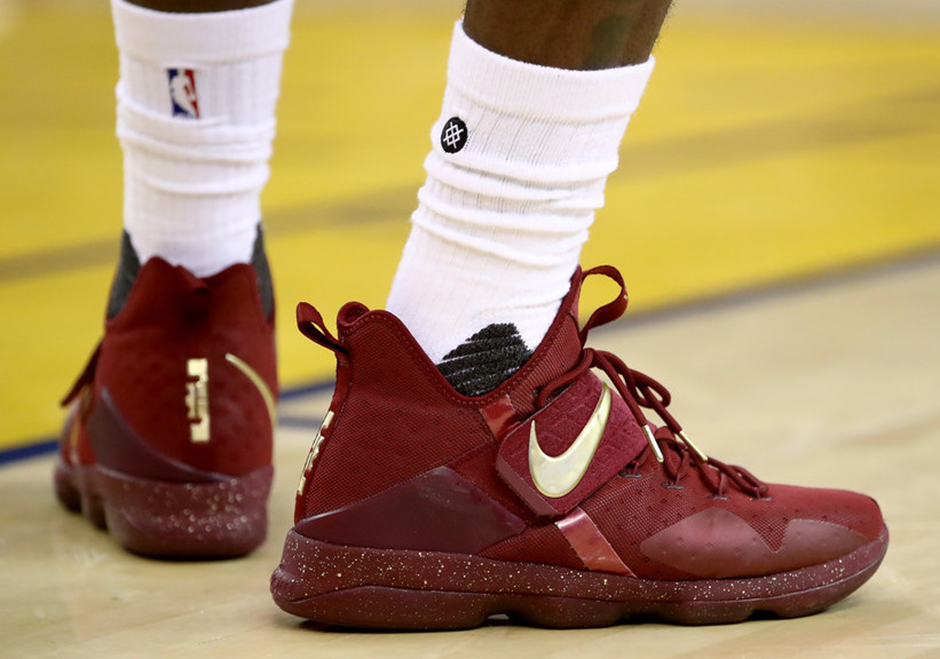 LeBron James – Nike LeBron Soldier 11 and Nike LeBron 14