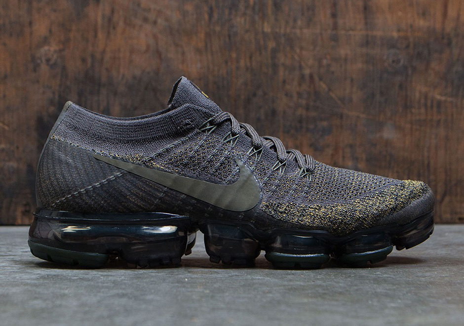 "5429f2bc02 NikeLab Air VaporMax Cargo Khaki Release Date Updated on June 22nd, 2017  The NikeLab VaporMax ""Desert Moss"" releases again on ..."