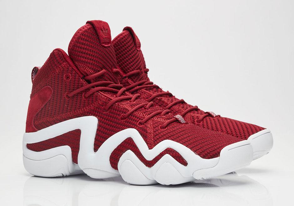 b8c8310e88b1 adidas Adds Primeknit Uppers To Kobe Bryant s Retro Shoes