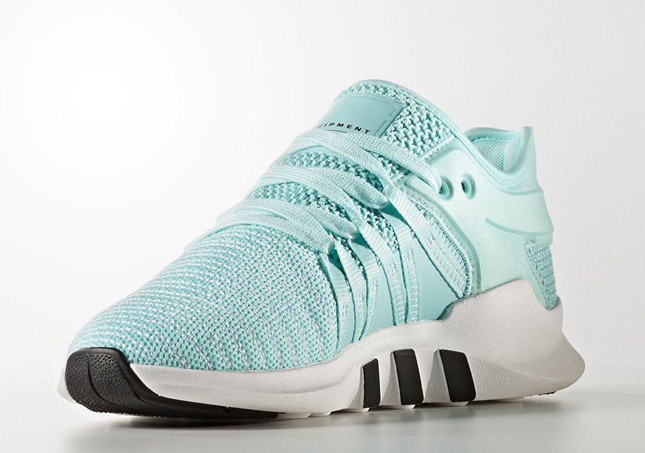 check out 506fe 2ea8c adidas Womens EQT Racing ADV Style Code BZ0000