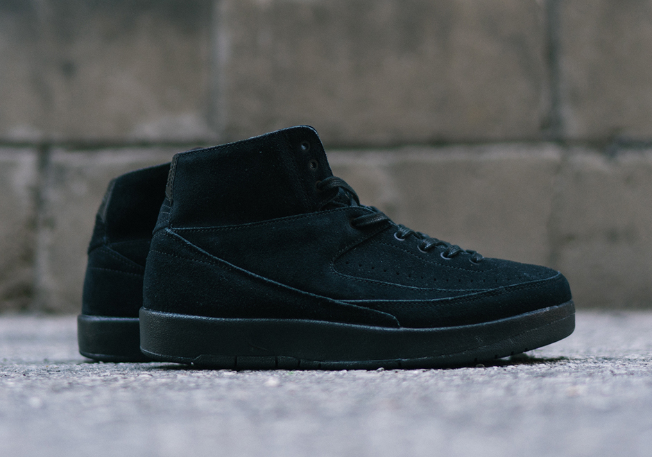 """26b41a759cb For more of the latest from the Jumpman, head over to our Jordan Release  Dates page. Advertisement. Air Jordan 2 Decon """"Triple Black"""""""