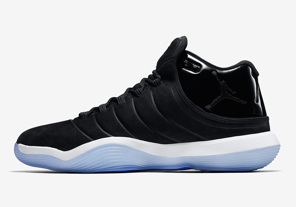 """Jordan Super.Fly 2017 """"Space Jam"""" Release Date: August 3rd, 2017 $140.  Color: Black/Cool Grey-White-Concord"""